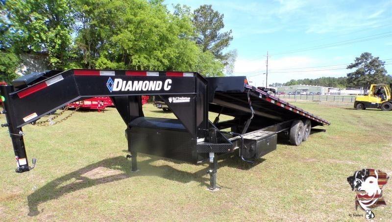 2021 Diamond C Trailers 102 x 26 DET 207 Equipment Trailer