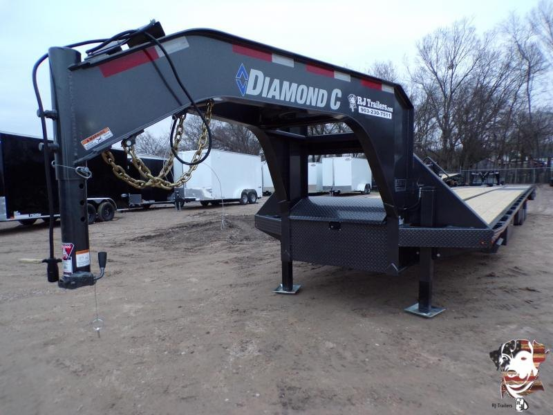 2021 Diamond C Trailers 102 x 40 FMAX 216 Flatbed Trailer