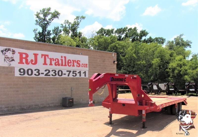 2020 Diamond C Trailers 102 X 25 FMAX210 Equipment Trailer