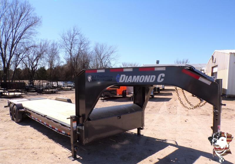 2021 Diamond C Trailers 82 x 28 LPX Gooseneck Equipment Trailer