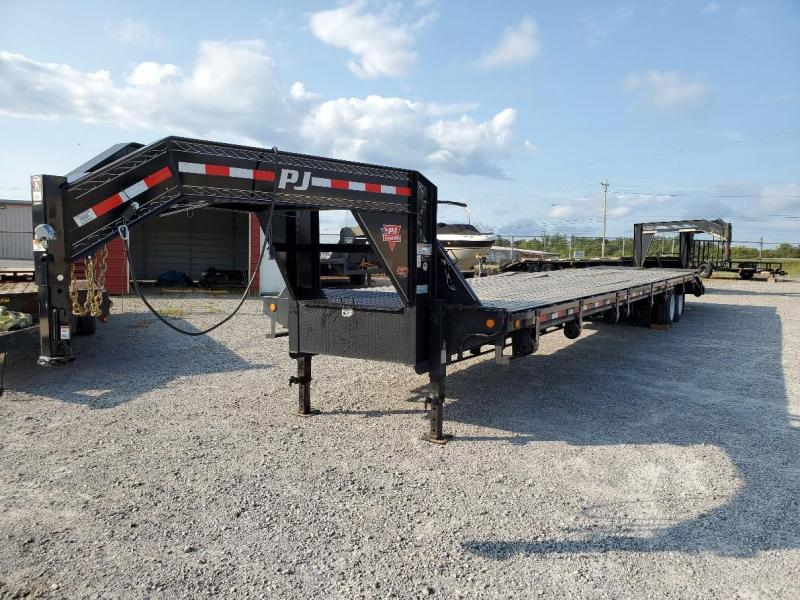 "2019 PJ Trailers 40' x 102"" Equipment Trailer"