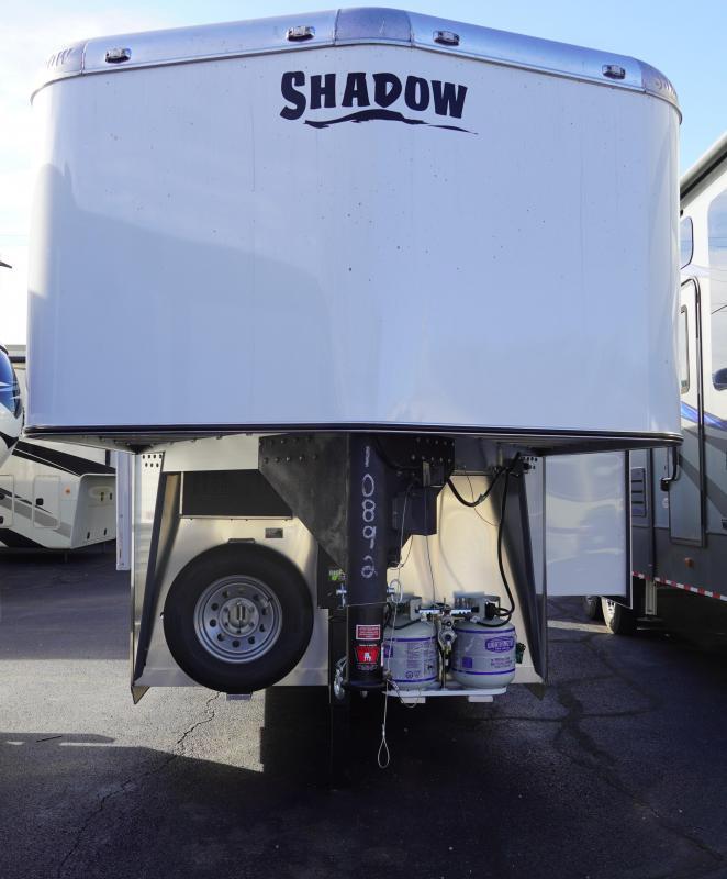2020 Shadow Trailers 69186S-2SL-GN-LQ Horse Trailer