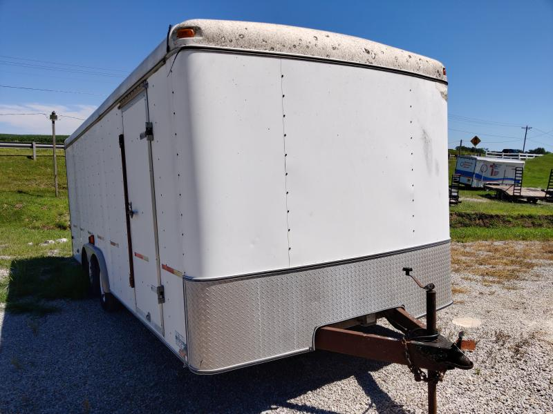 2000 United 8.5X20 Enclosed Double Rear Door Trailer