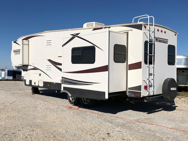 2013 Winnebago Lite Five Camper