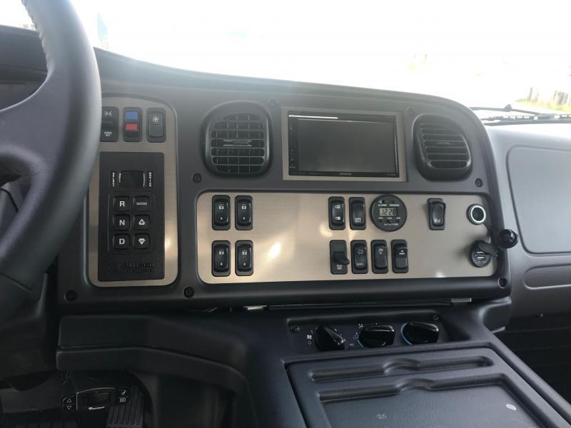 2015 Freightliner M2 106 Sport SportChassis RHA114