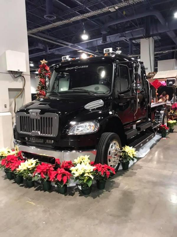 2015 Freightliner Heavy Duty SportChassis 350