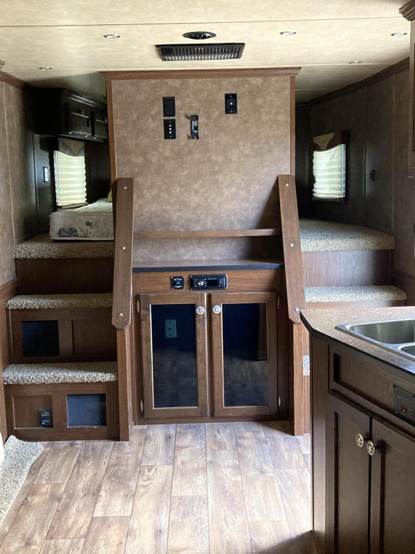 2013 Exiss Trailers Horse Trailer