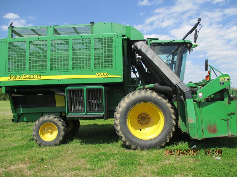 2004 John Deere 9986 Farm / Ranch