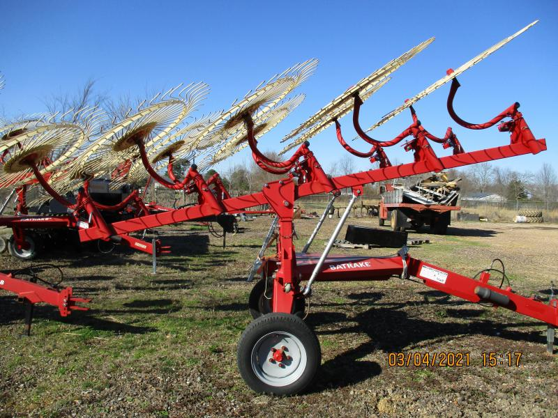 2020 Farm King 10 WHEEL BAT RAKE Attachment