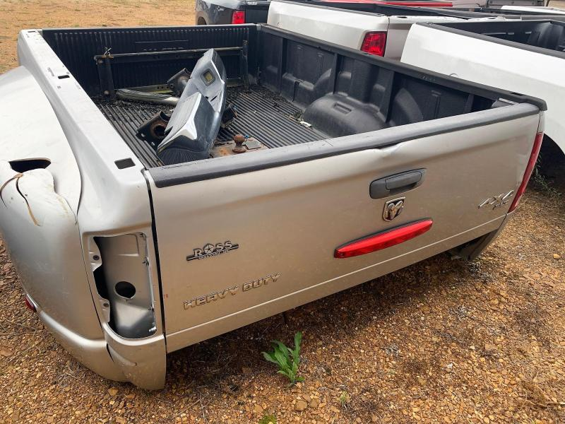 2012 Dodge DUALLY HEAVY DUTY 4X4 TRUCK BED