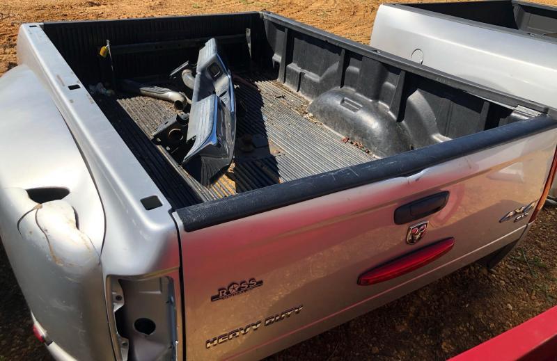 2012 Dodge DUALLY HEAVY DUTY 4X4 TRUCK BED