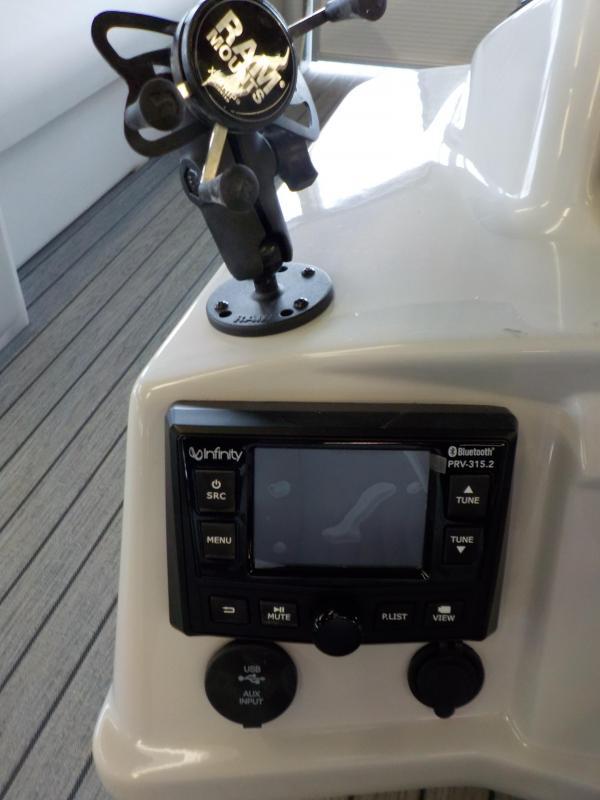 2021 Qwest LS 822 DS Bar Pontoon Boat