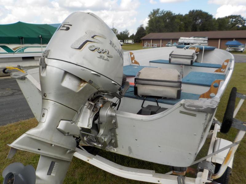 1993 Smokercraft Big Fisherman Fishing Boat