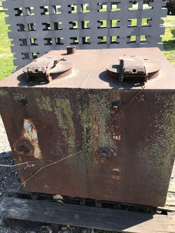 Other Unknown Equipment - 2 Compartment Waste Oil Tank