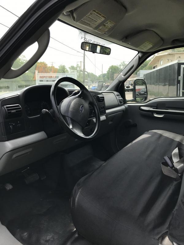 2005 Ford F450 Truck