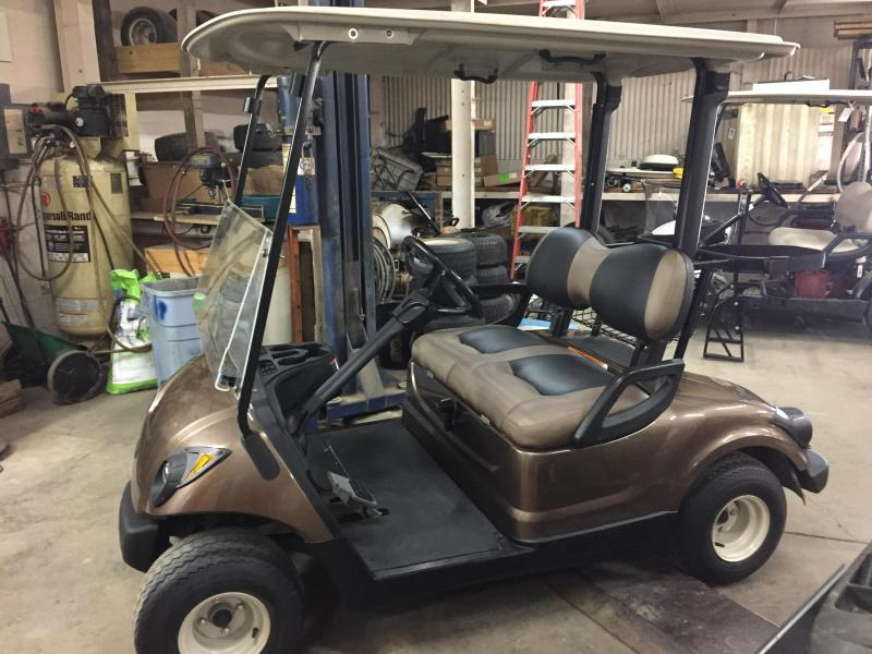 2012 Yamaha YDRAKX2 2 Seat Golf Cart