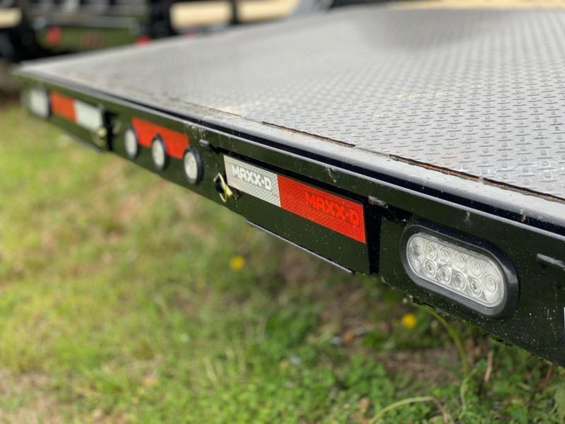 2021 MAXXD 83X20 C4X CARHAULER Car / Racing Trailer