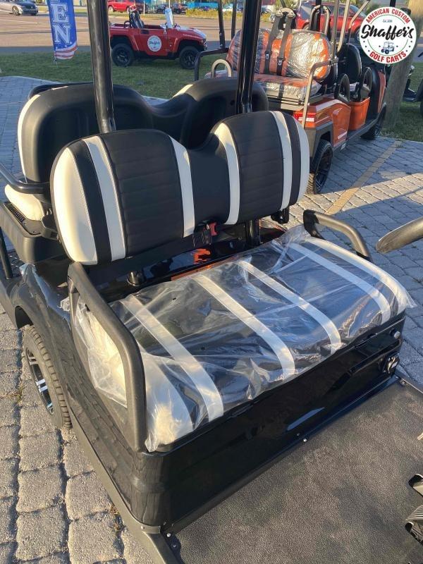 2021 ICON i40 4 passenger Golf Cart
