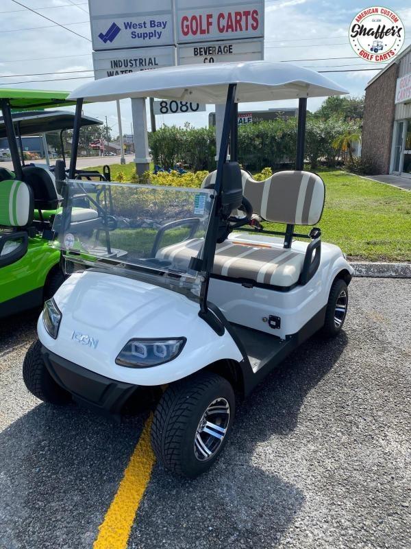 2020 ICON White i20 Golf Cart