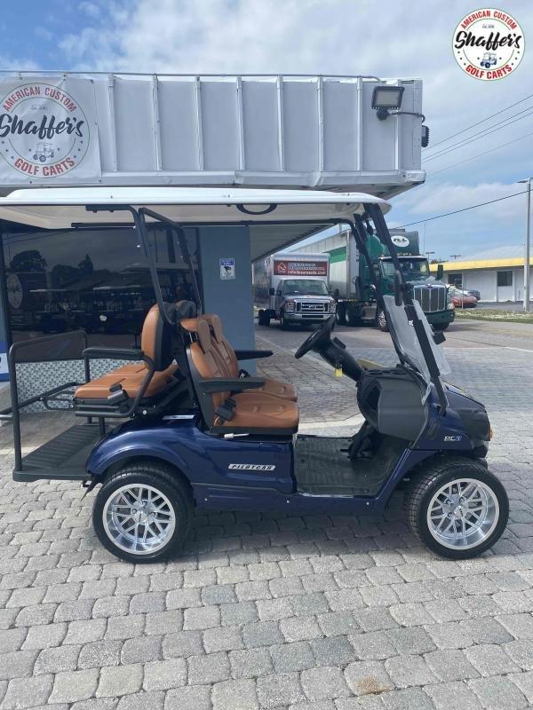 2021 PILOT CAR PC2+2 4 Passenger Street Ready Golf Cart Golf Cart