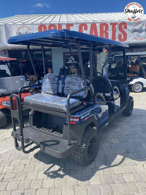 2021 Bintelli Beyond NAVY BLUE LIFTED 6pr Golf Cart
