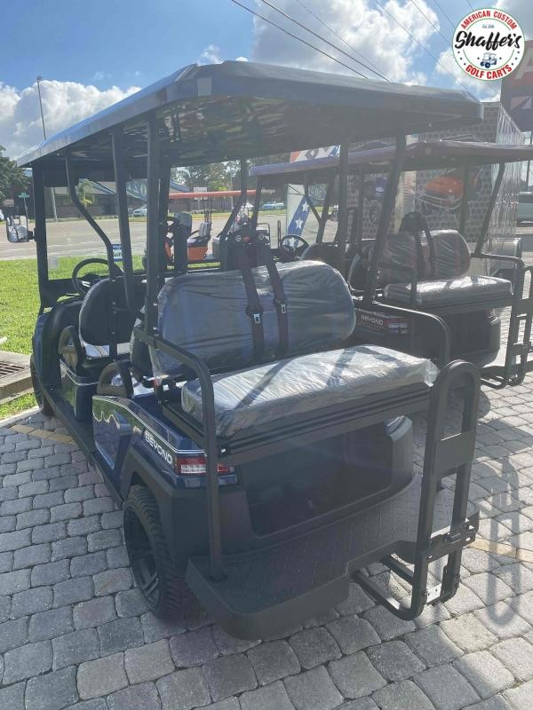 2021 Bintelli Beyond Navy Blue 6pr Golf Cart
