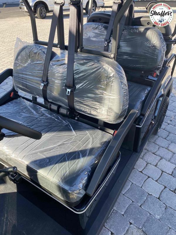 2021 Bintelli Beyond Black 6pr Golf Cart