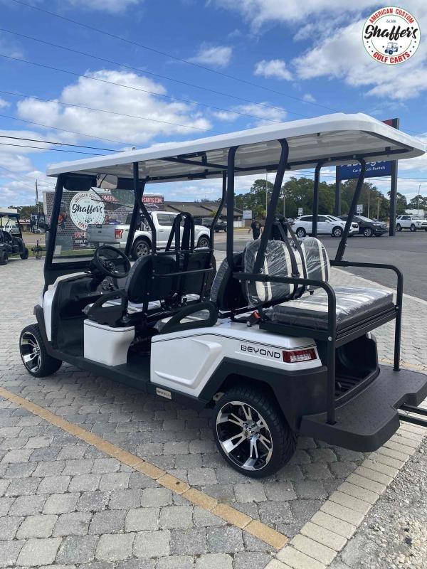 2021 Bintelli Beyond CUSTOM White 6pr Golf Cart