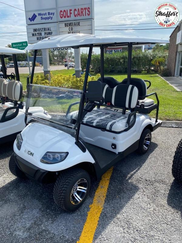 2021 ICON i40 White 4 passenger Golf Cart