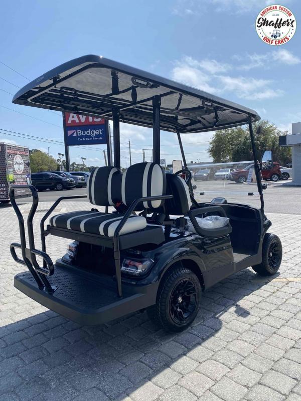 CUSTOM BLACK 2021 ICON i40 4 passenger Golf Cart