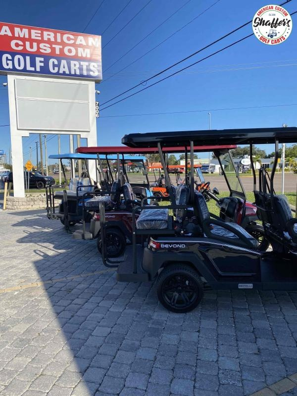 2021 CUSTOM Bintelli Beyond Black 6pr Golf Cart