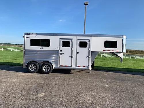 2020 Cimarron 2H GN Horse Trailer