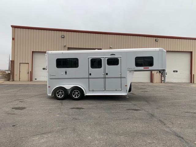 2017 Sundowner Trailers Charter SE Horse Trailer