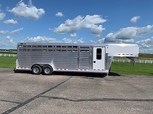 2020 4-Star Deluxe Stock/Combo Trailer