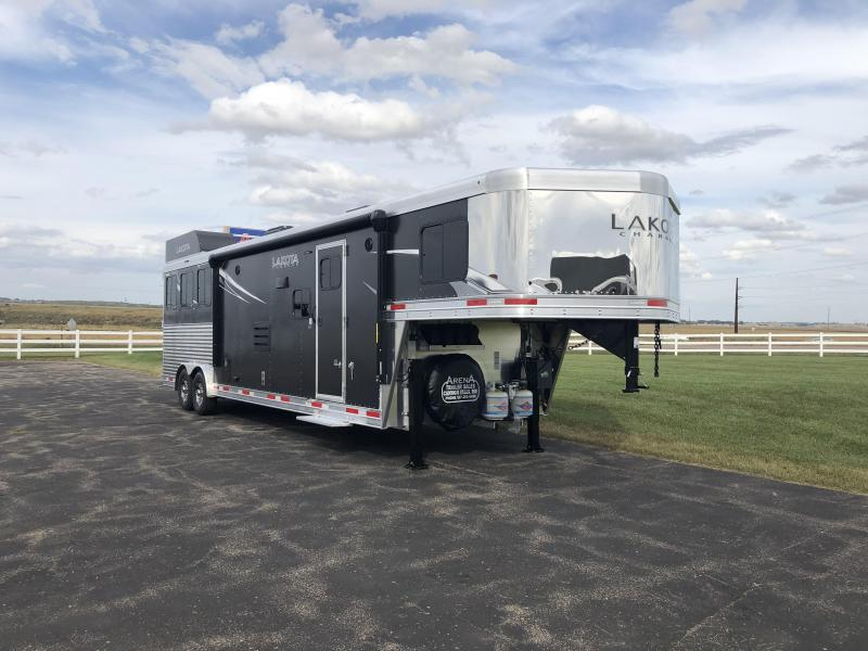 2022 Lakota C8313SR Horse Trailer