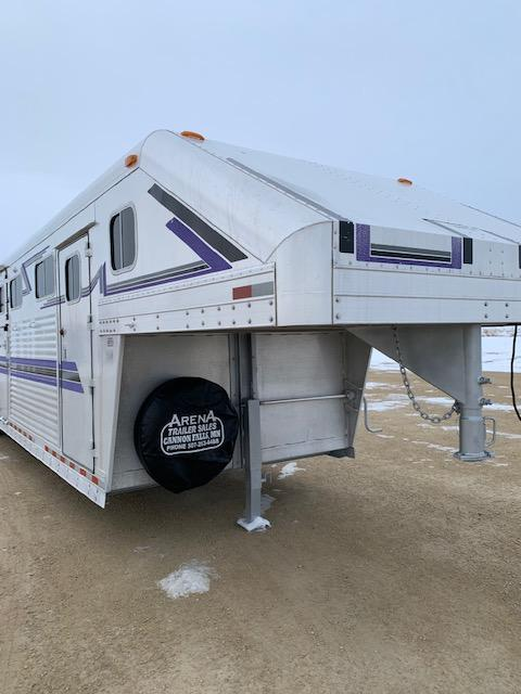 1995 4-Star Trailers 6H Hd to Hd Horse Trailer