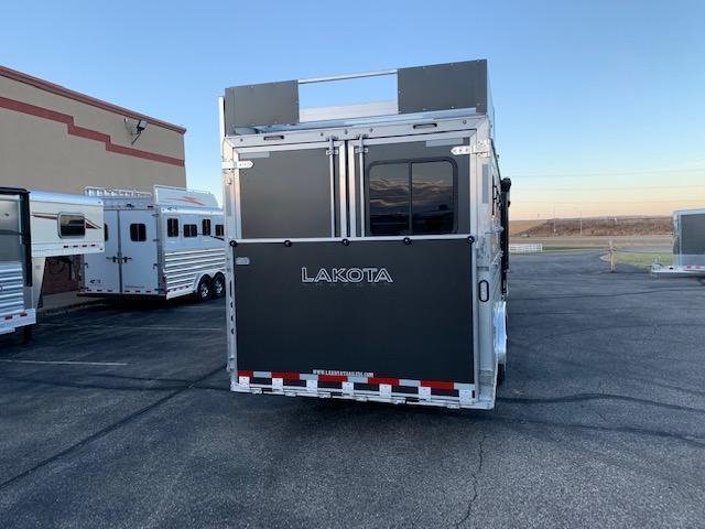 Lakota 2021 4H LQ Horse Trailer
