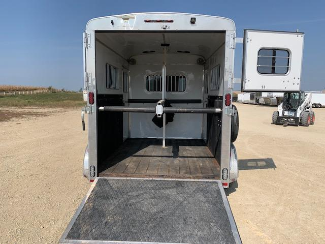 2017 Homesteader Trailers 2H BP Horse Trailer