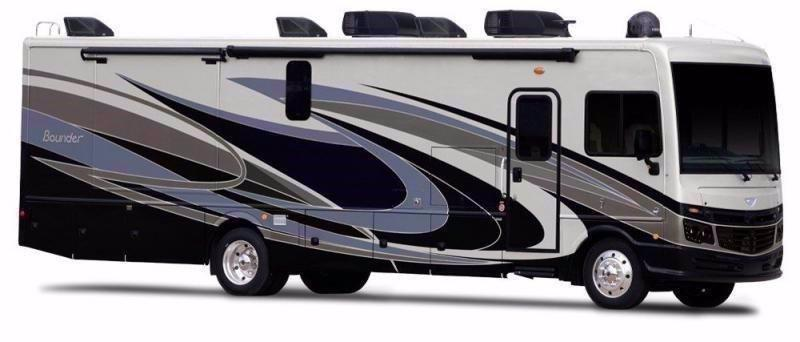 2021 Fleetwood RV BOUNDER 35P
