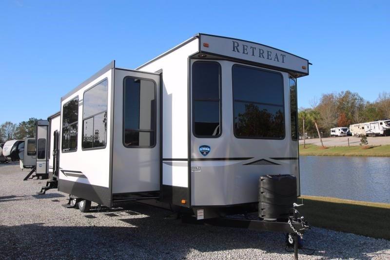 2020 Keystone RV Retreat 391MKTS