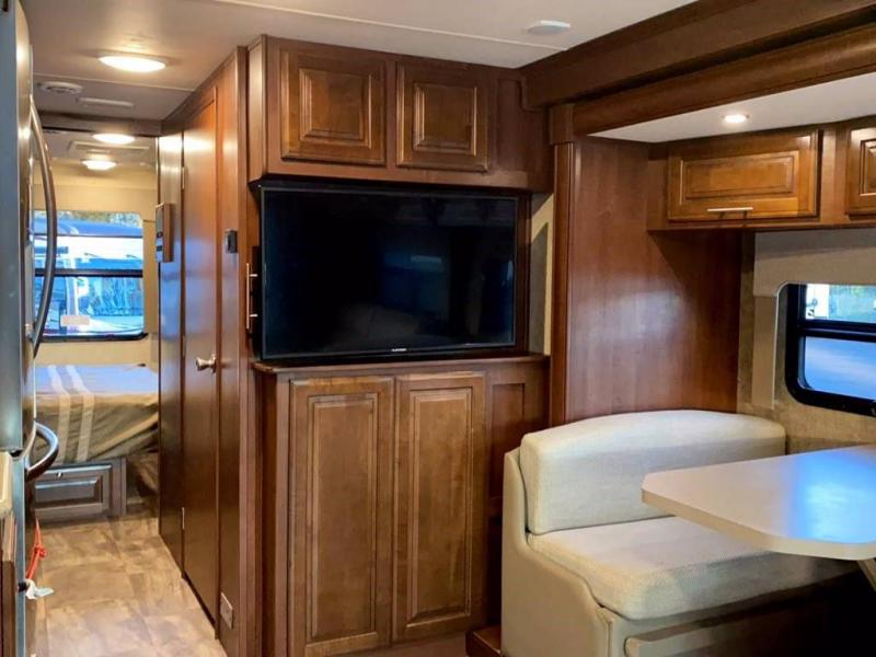 2017 Forest River, Inc. GEORGTOWN 328 TS