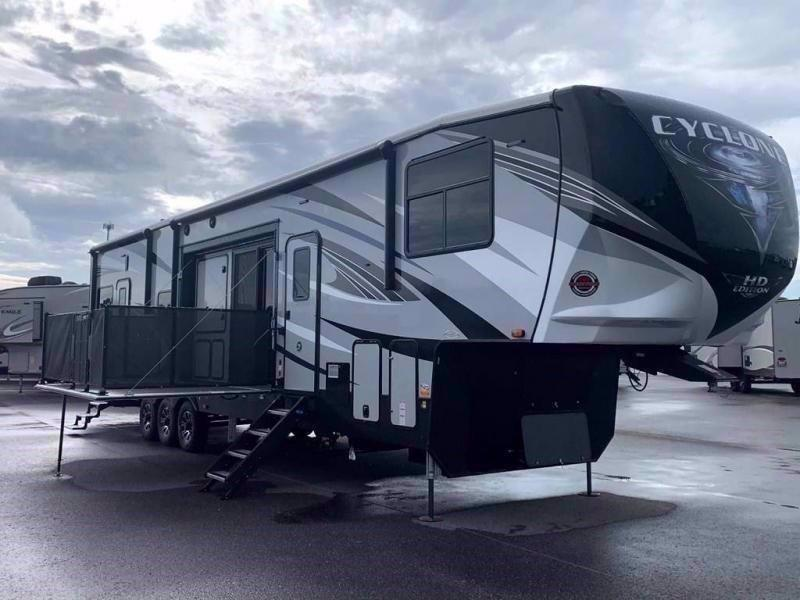 2021 Heartland RV CYCLONE 4270