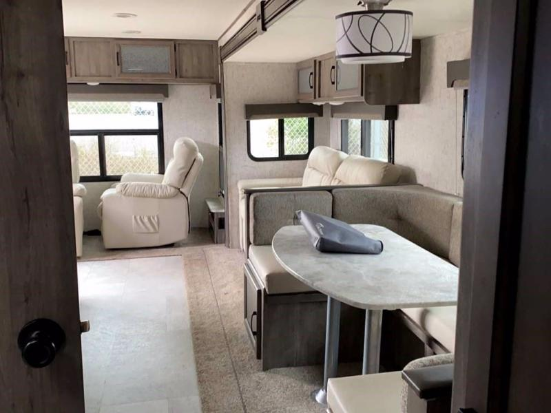 2020 Coachmen APEX 279RLSS