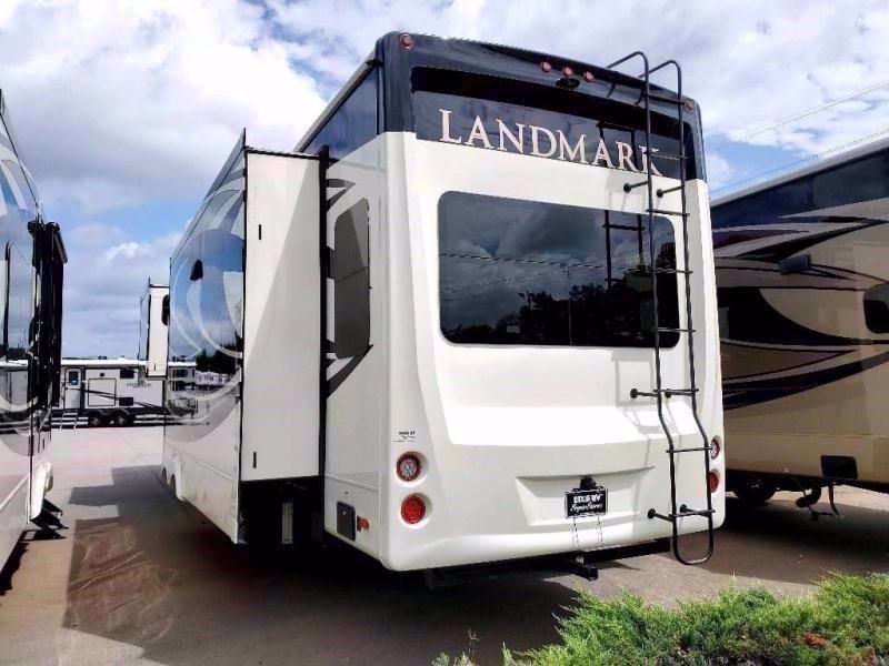 2020 Heartland RV LANDMARK NEWPORT