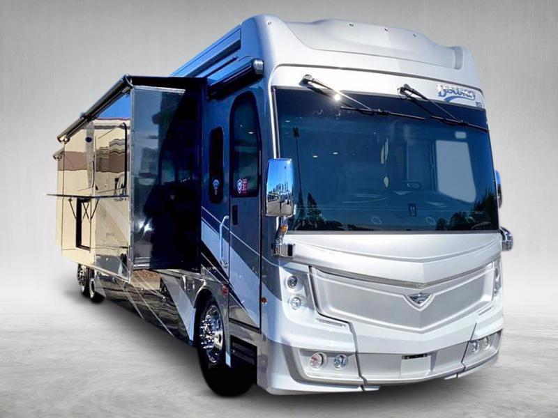 2021 Fleetwood RV DISCOVERY LXE 44B