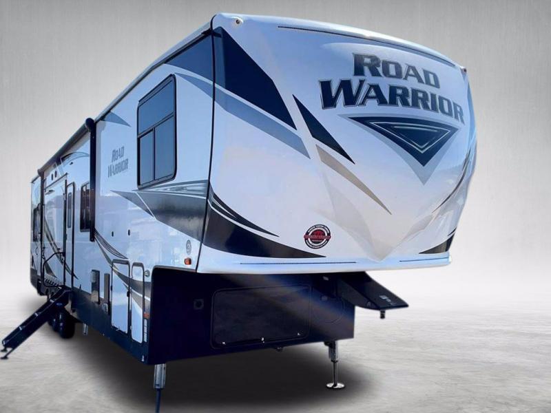2020 Heartland RV ROAD WARRIOR 4275