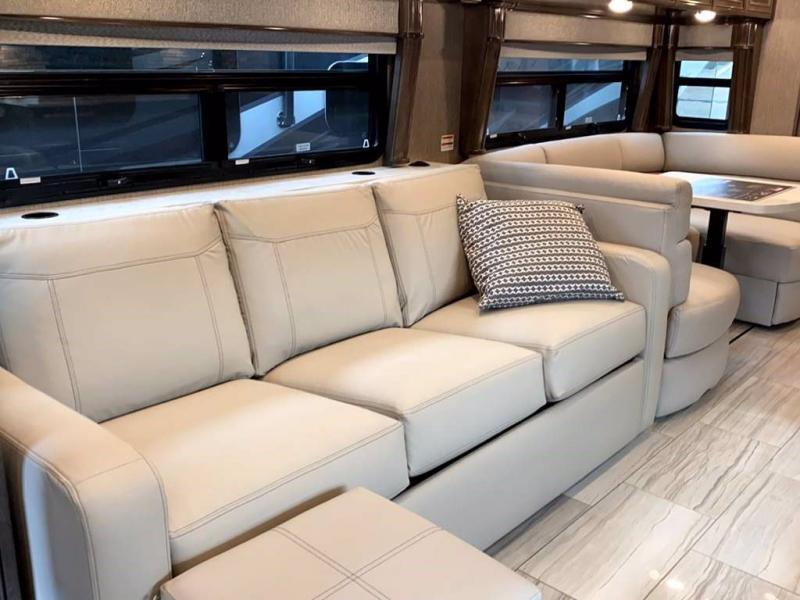 2021 American Coach AMERICAN DREAM 42V