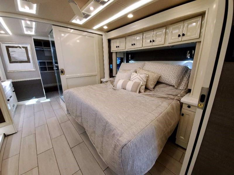 2021 Tiffin Motorhomes ALLEGRO BUS 45 OPP