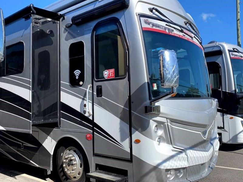 2021 Fleetwood RV DISCOVERY LXE 40M