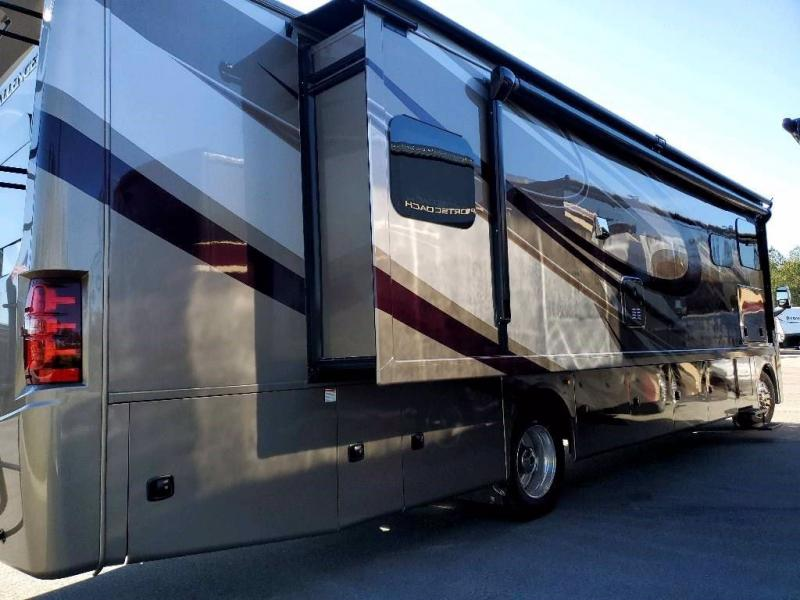 2020 Thor Motor Coach CHALLENGER 37FH